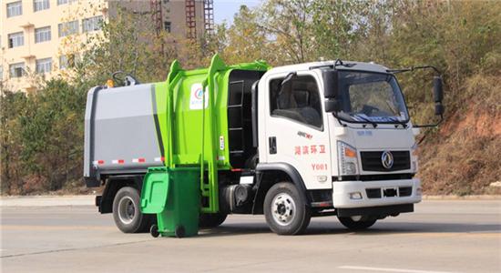 东风御虎压缩式对接垃圾车