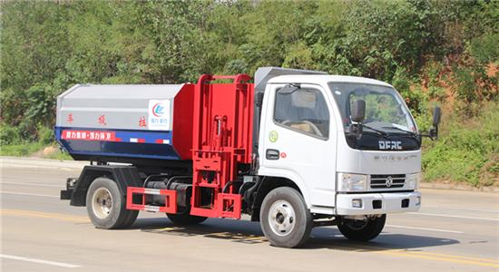 东风5方挂桶式垃圾车(多利卡)